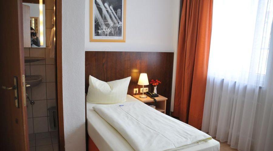 Hotel Italia-18 of 30 photos