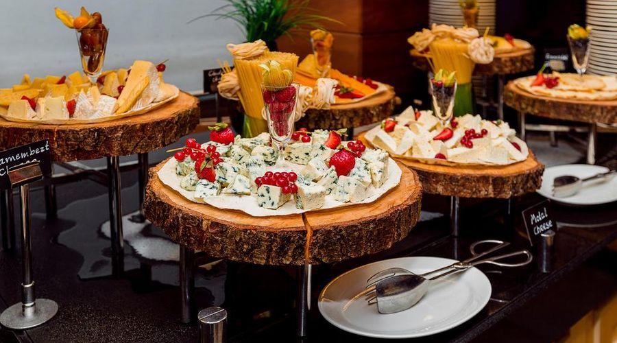 Holiday Inn Baku-24 of 30 photos