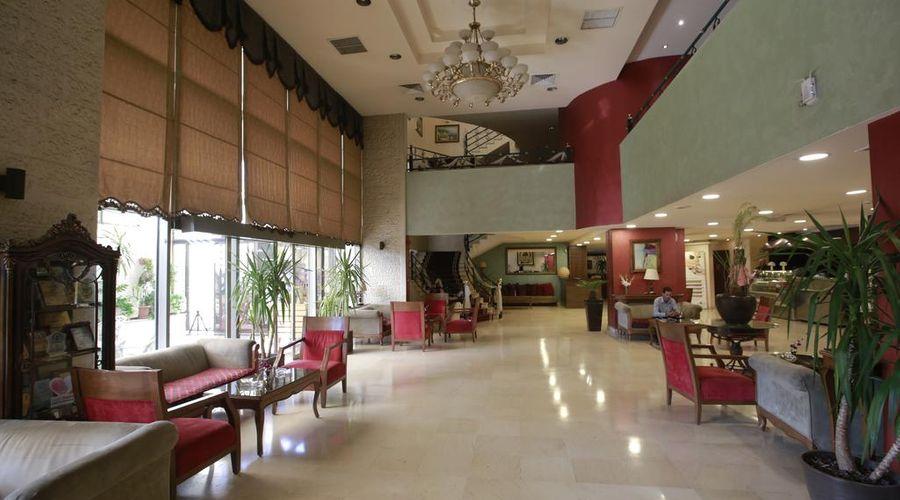 Al Fanar Palace Hotel and Suites-18 of 20 photos