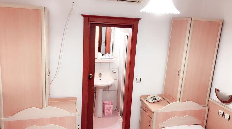 Hotel Karyatit-15 of 39 photos