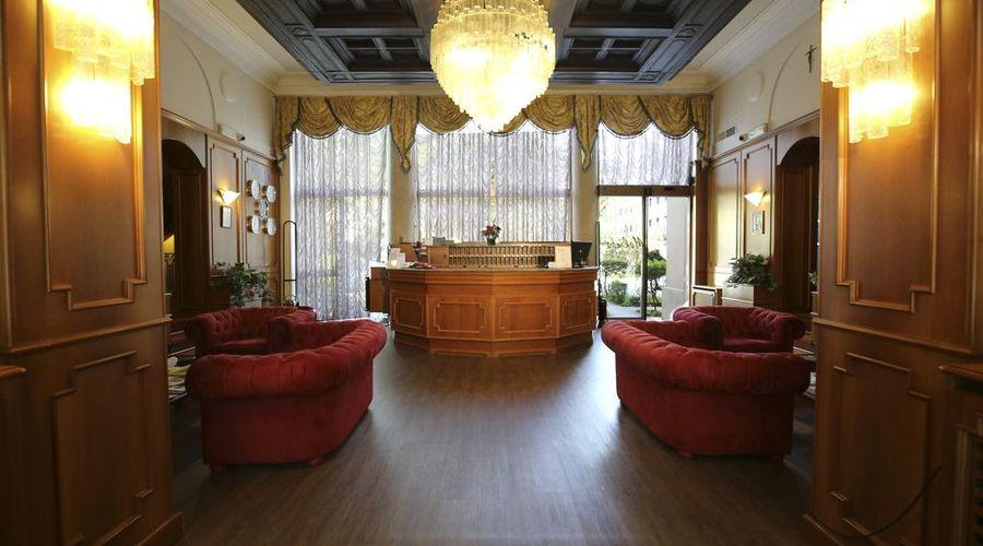 فنادق موكينبا مونتيبانكو-5 من 25 الصور