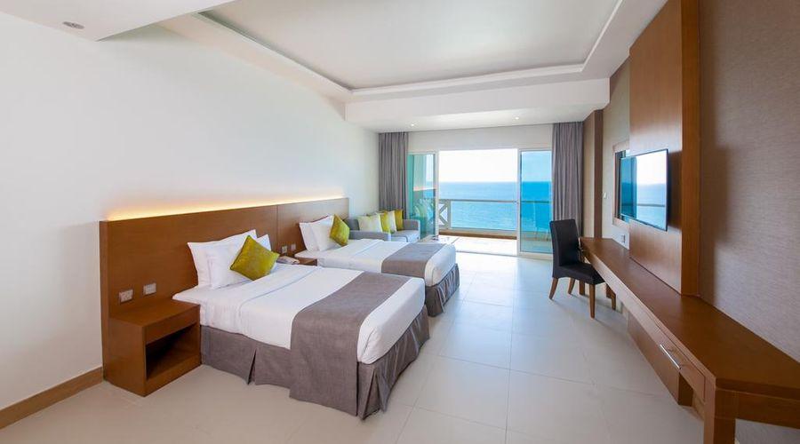 Ramada by Wyndham Beach Hotel Ajman-9 of 26 photos