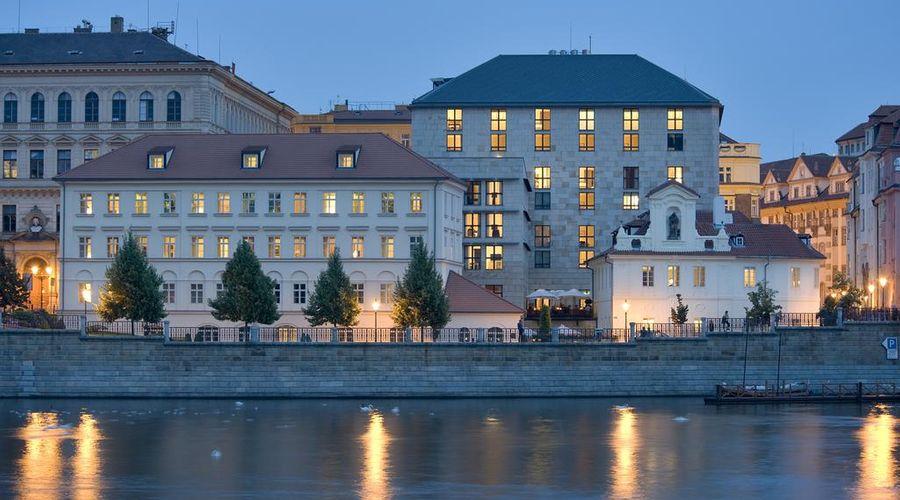 Four Seasons Hotel Prague-32 of 36 photos