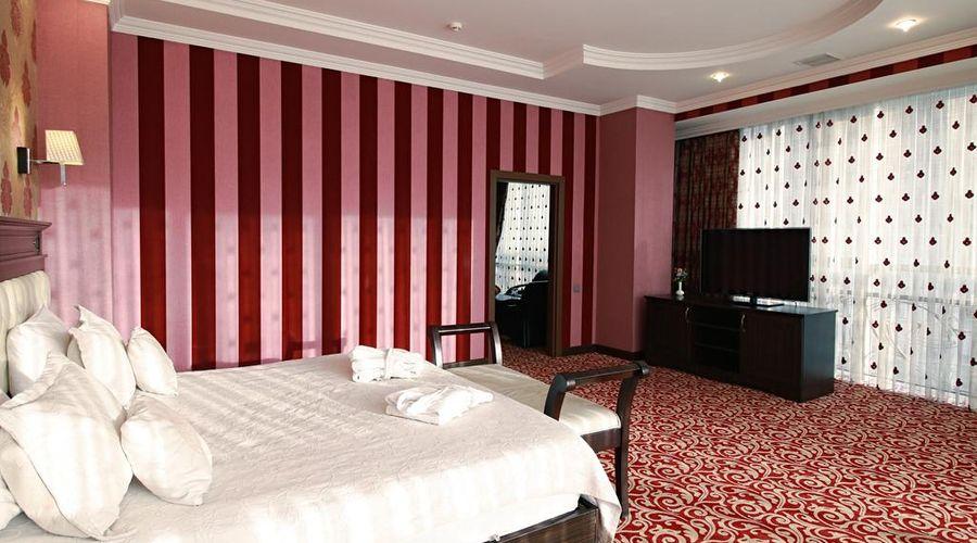 New Baku Hotel-4 of 21 photos