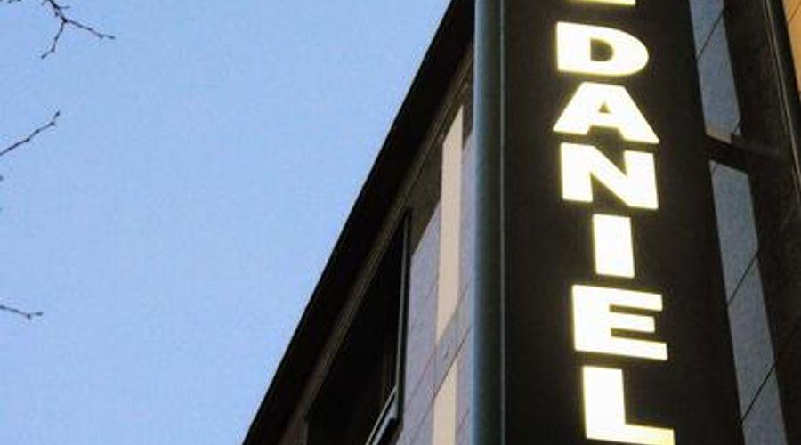 Hotel Daniel-1 of 30 photos