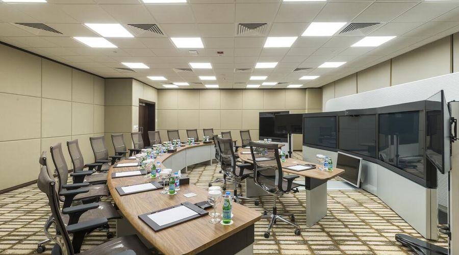 كراون بلازا الرياض - آر دي سي فندق و مركز مؤتمرات-6 من 30 الصور