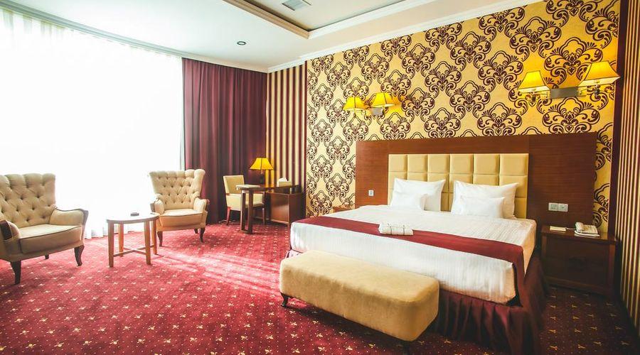 Emerald Hotel-7 of 32 photos