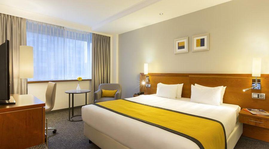 Holiday Inn Amsterdam-4 of 30 photos