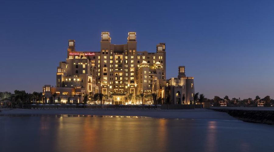 Sheraton Sharjah Beach Resort & Spa-1 of 31 photos