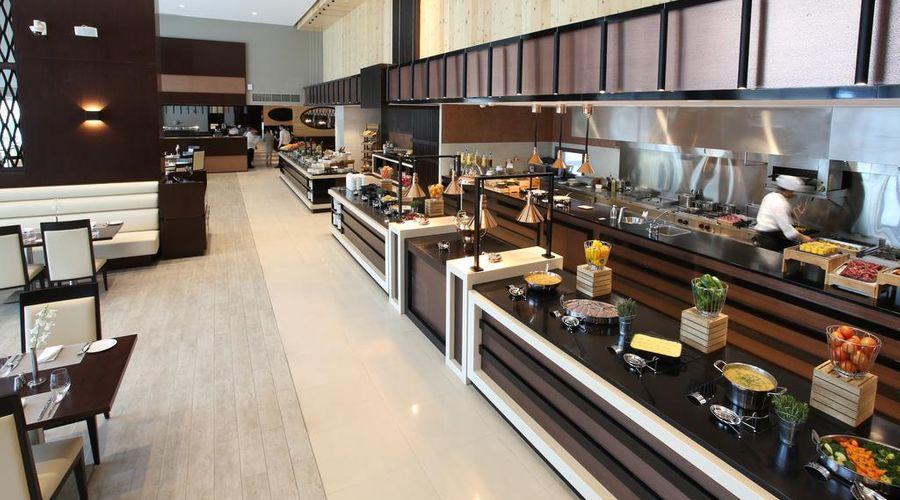Metropolitan Hotel Dubai -16 of 29 photos