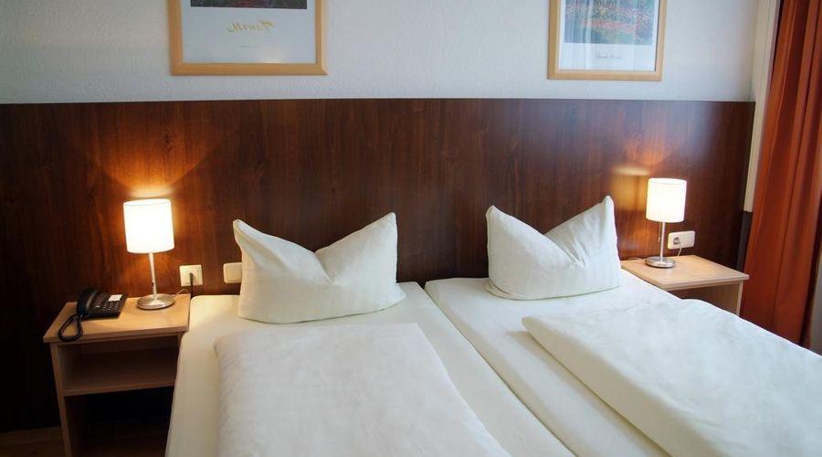 Hotel Italia-3 of 30 photos