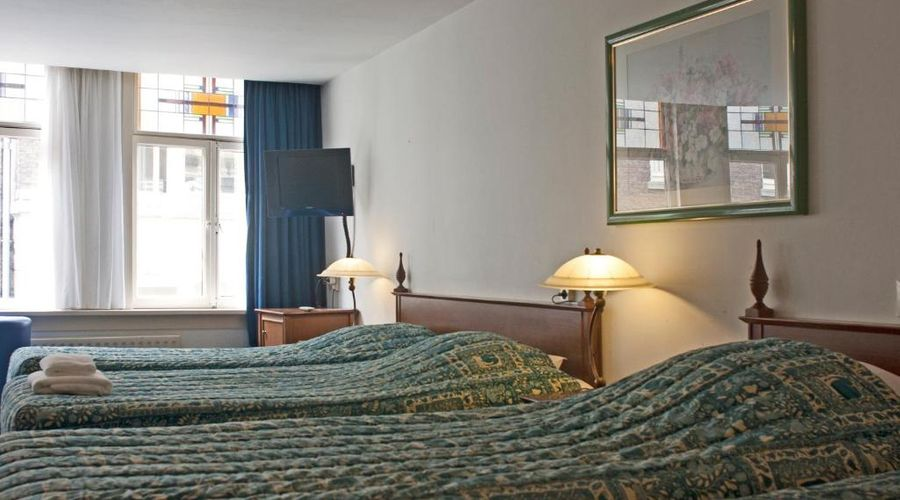 Hotel Prins Hendrik-9 of 20 photos