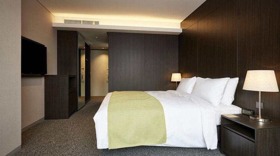 Nine Tree Premier Hotel Myeongdong 2-6 of 32 photos