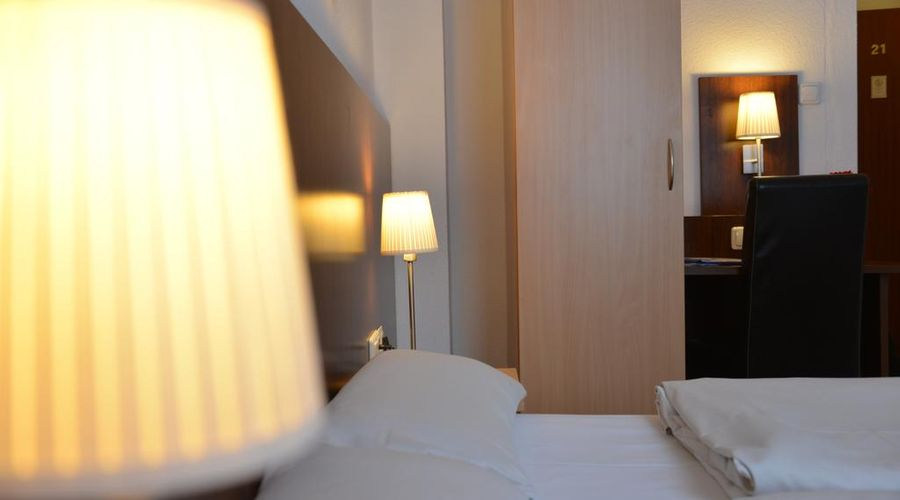Hotel Italia-14 of 30 photos