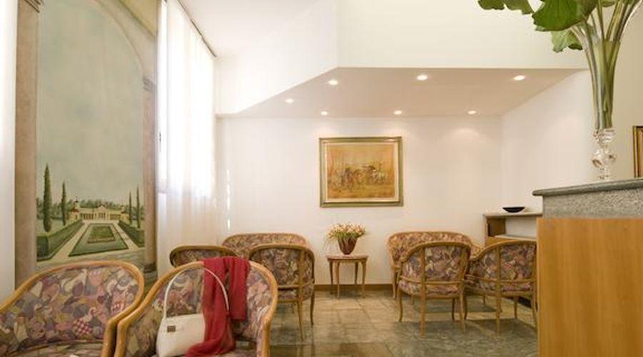 Hotel Fenice Milano-12 of 39 photos