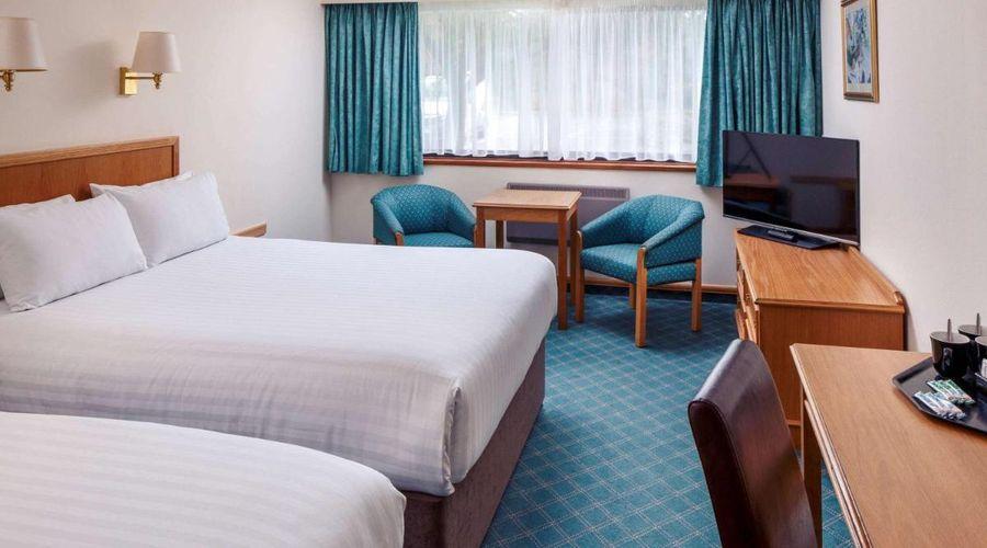 Mercure Livingston Hotel-17 of 20 photos