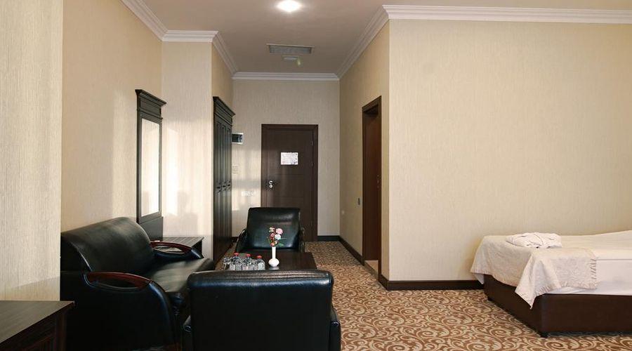 New Baku Hotel-8 of 21 photos