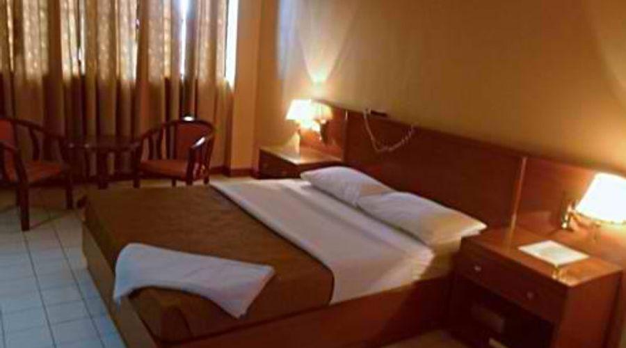 Hotel Soriente-3 من 20 الصور