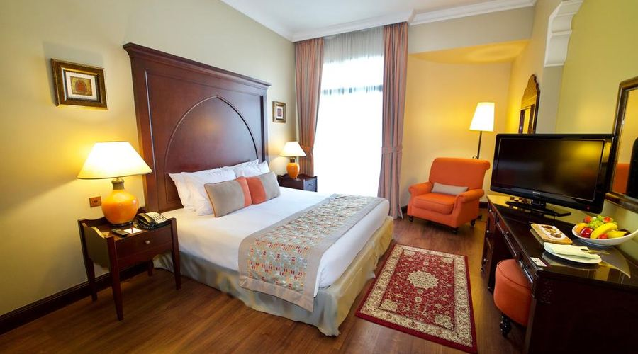 Mercure Grand Hotel Seef / All Suites-9 of 25 photos