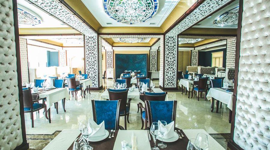 Emerald Hotel-3 of 32 photos