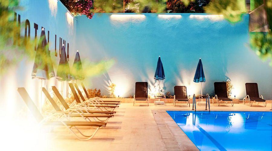 Hotel Luna-9 of 31 photos