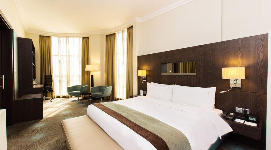 Holiday Inn Abu Dhabi-10 of 32 photos