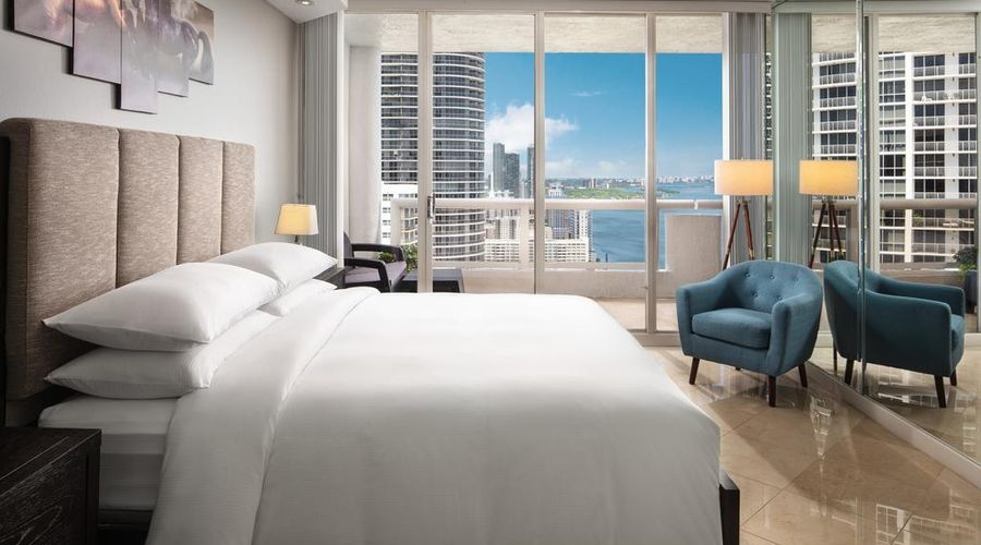 DoubleTree by Hilton Grand Hotel Biscayne Bay-0 of 25 photos