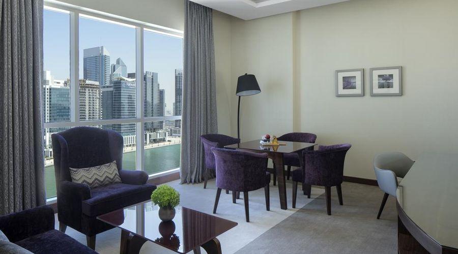 Radisson Blu Hotel, Dubai Waterfront-25 of 35 photos