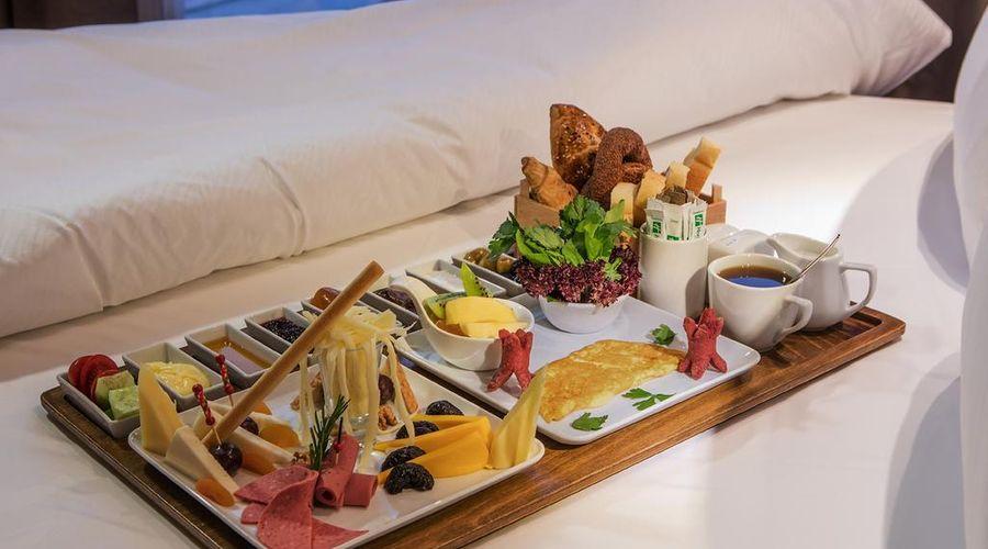 Holiday Inn Antalya - Lara-9 of 30 photos