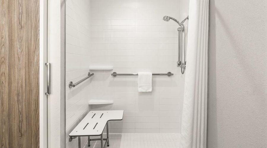Comfort Inn Orlando - Lake Buena Vista-24 of 32 photos