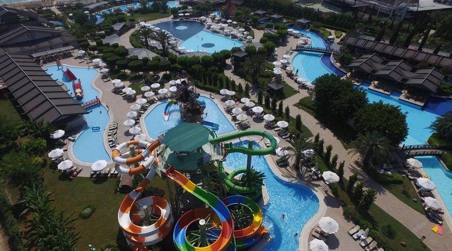 Limak Lara De Luxe Hotel-4 of 20 photos