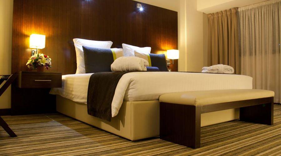 Avari Dubai Hotel -11 of 30 photos