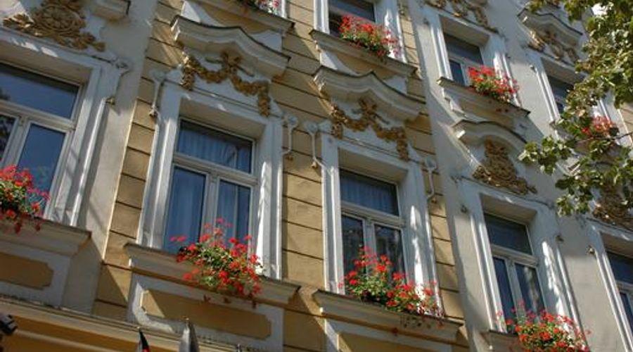Adria Hotel Prague-2 of 31 photos