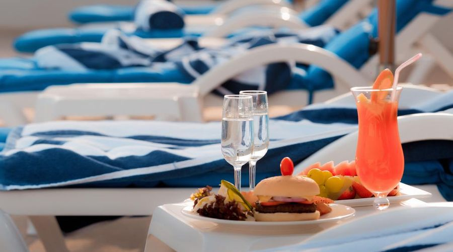 Signature Hotel Al Barsha-14 of 27 photos