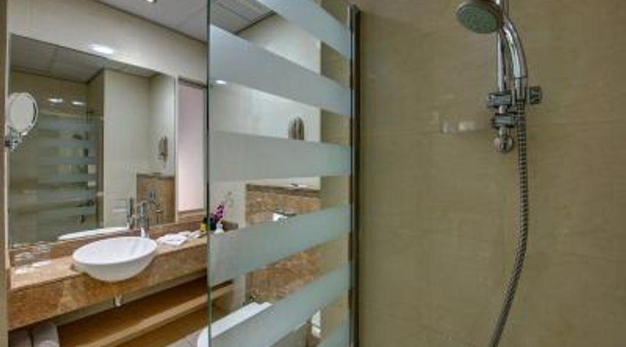 Al Khoory Executive Hotel, Al Wasl-7 of 41 photos