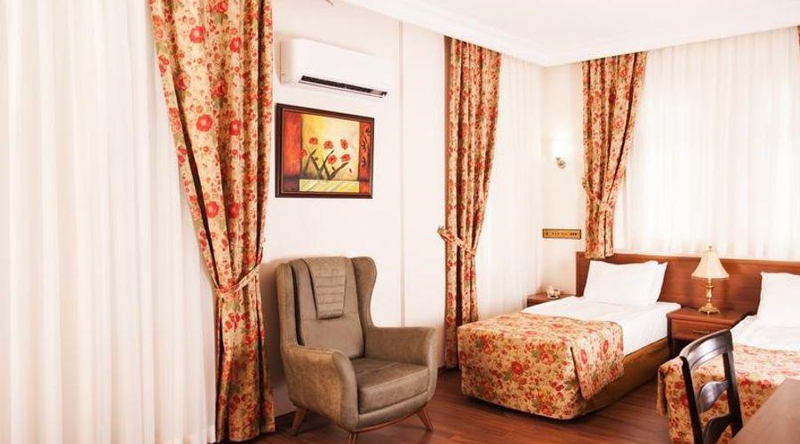 Triana Hotel-10 of 21 photos