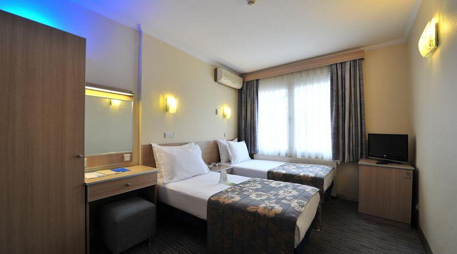 Hotel Olimpiyat-5 of 30 photos