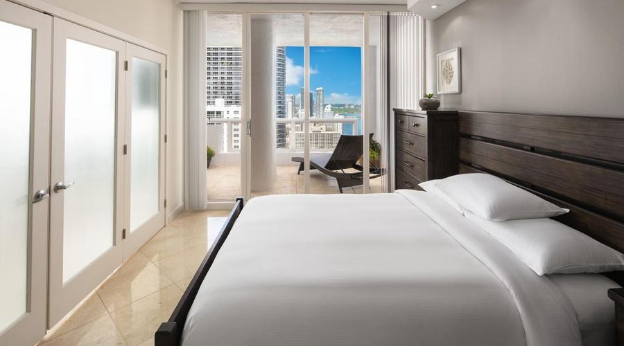 DoubleTree by Hilton Grand Hotel Biscayne Bay-5 of 25 photos