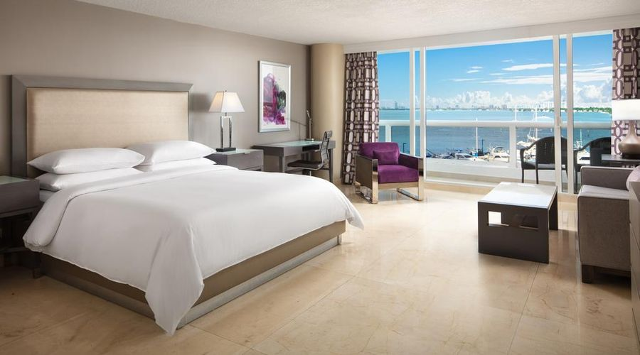 DoubleTree by Hilton Grand Hotel Biscayne Bay--1 of 25 photos