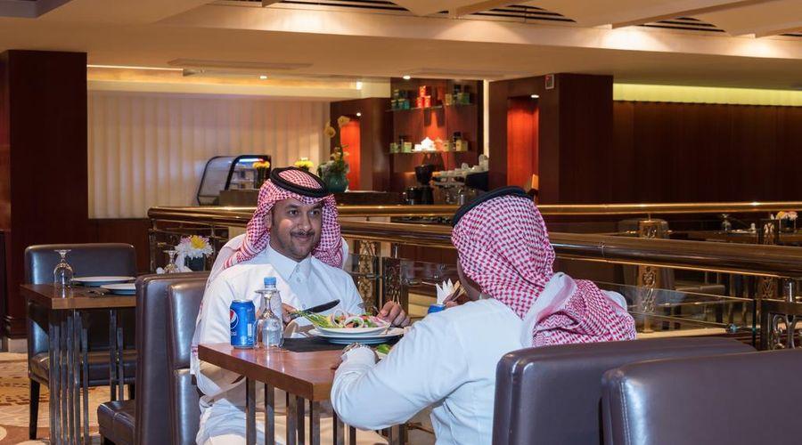Boudl Al Shatea-5 of 30 photos