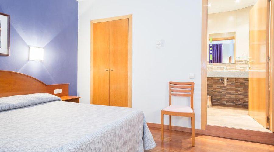 Hotel Cortes-19 من 30 الصور