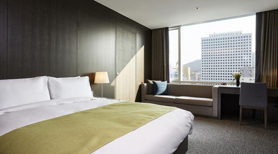 Nine Tree Premier Hotel Myeongdong 2-5 of 32 photos