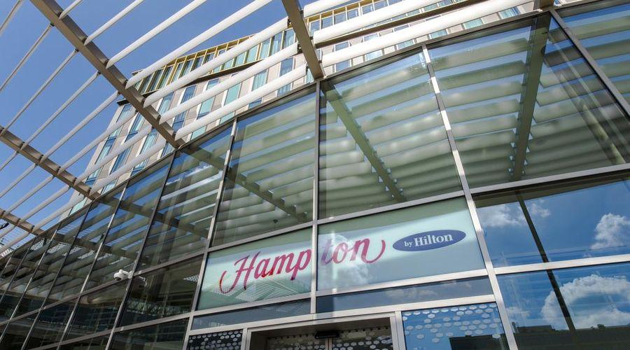 Hampton by Hilton Amsterdam / Arena Boulevard-1 of 25 photos