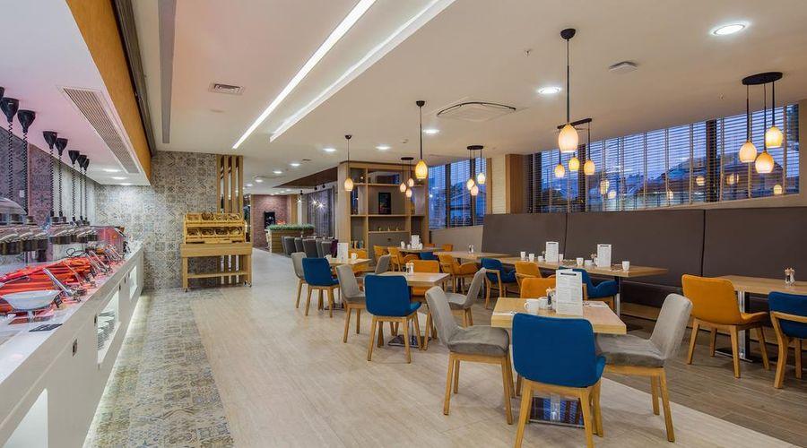 Holiday Inn Antalya - Lara-22 of 30 photos