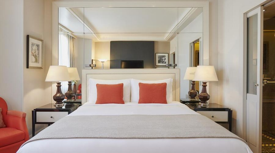 Prince de Galles, a Luxury Collection hotel, Paris-27 of 30 photos