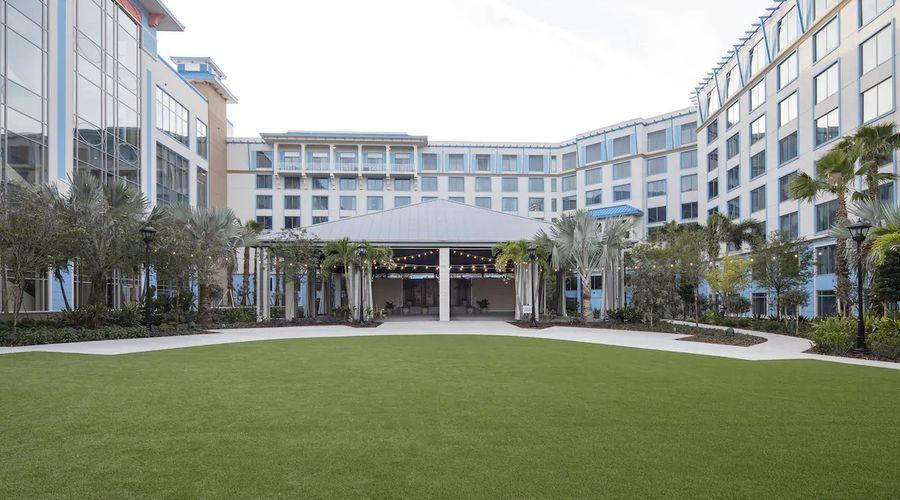 Universal's Loews Sapphire Falls Resort-8 of 33 photos