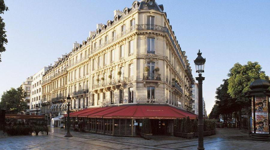 Hôtel Barrière Le Fouquet's-1 of 31 photos