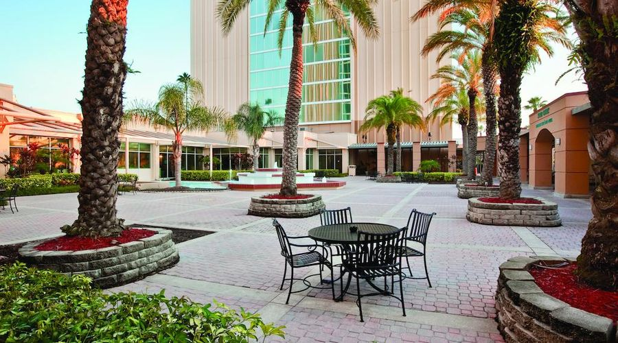 DoubleTree by Hilton at the Entrance to Universal Orlando -7 of 38 photos