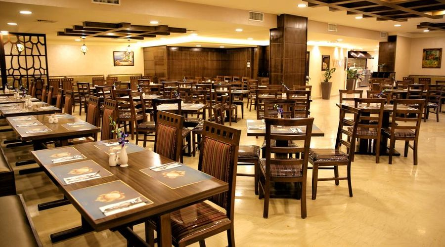 Al Fanar Palace Hotel and Suites-7 of 20 photos