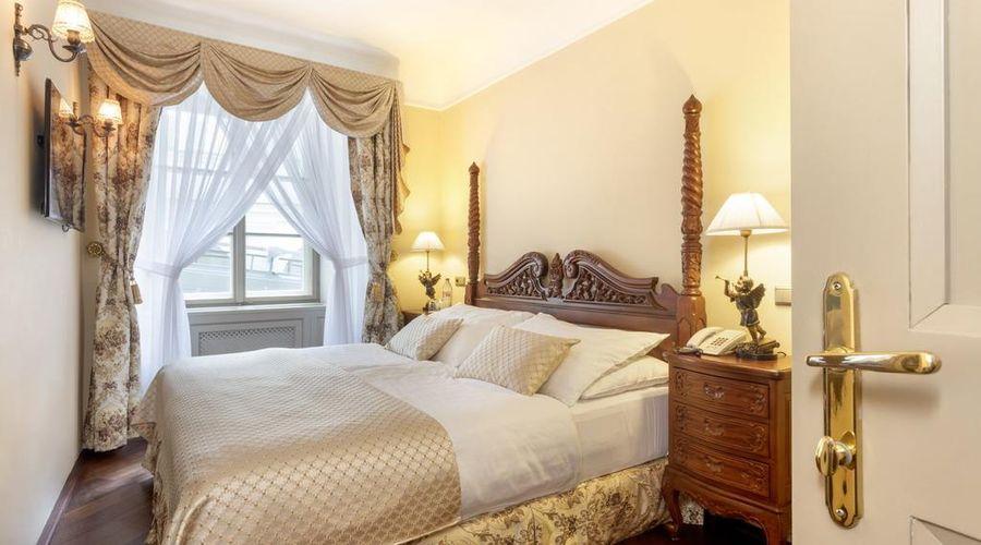 Iron Gate Hotel & Suites-31 of 30 photos